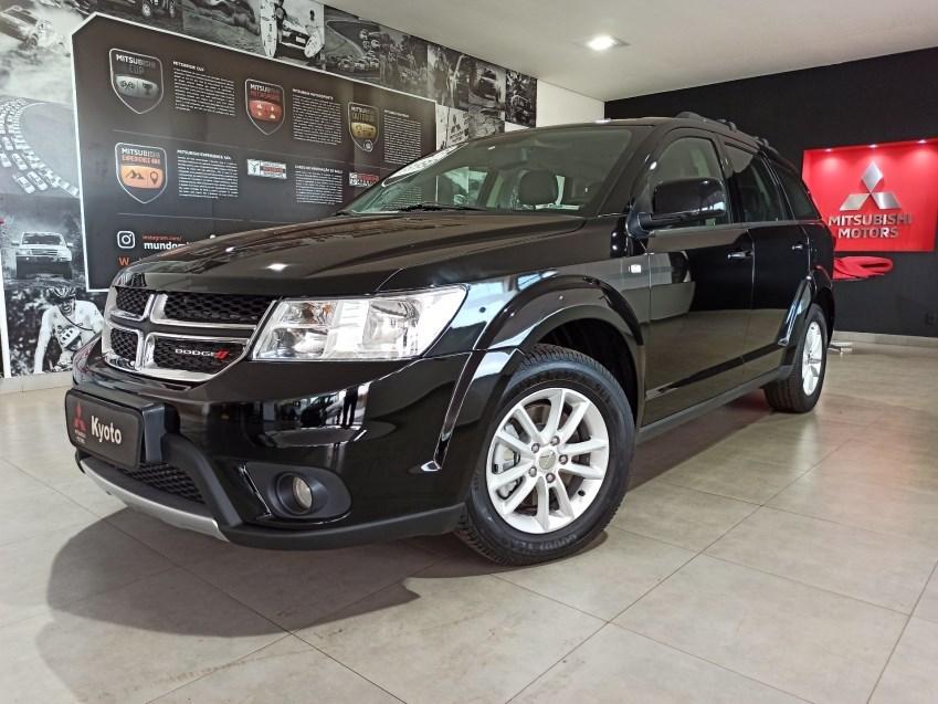 //www.autoline.com.br/carro/dodge/journey-36-v6-sxt-24v-gasolina-4p-automatico/2015/ribeirao-preto-sp/14890310