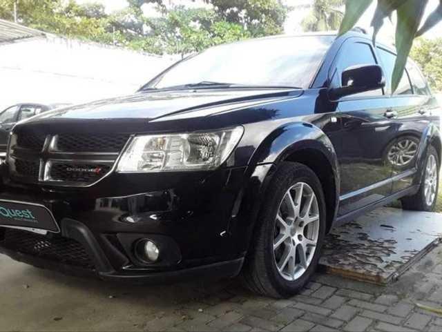 //www.autoline.com.br/carro/dodge/journey-36-v6-rt-24v-gasolina-4p-automatico/2015/sao-paulo-sp/15163200