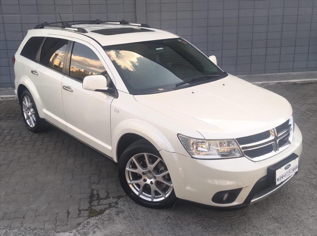 //www.autoline.com.br/carro/dodge/journey-36-v6-rt-24v-gasolina-4p-automatico/2014/sao-jose-dos-campos-sp/15850072