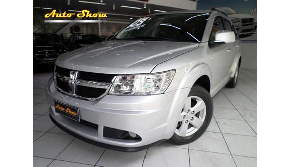 //www.autoline.com.br/carro/dodge/journey-27-sxt-24v-gasolina-4p-automatico/2009/sao-paulo-sp/8451271
