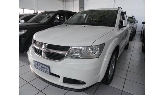 //www.autoline.com.br/carro/dodge/journey-27-rt-24v-gasolina-4p-automatico/2010/guarulhos-sp/8633288