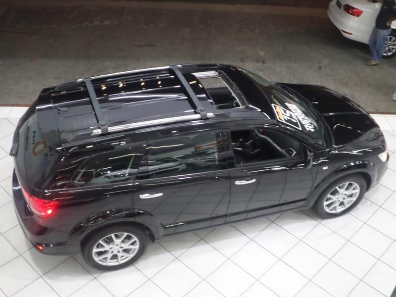 //www.autoline.com.br/carro/dodge/journey-36-rt-24v-gasolina-4p-automatico/2015/sao-paulo-sp/8783356