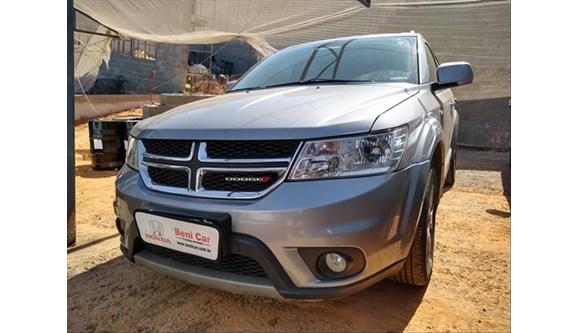 //www.autoline.com.br/carro/dodge/journey-36-rt-24v-gasolina-4p-automatico/2015/campinas-sp/9085397