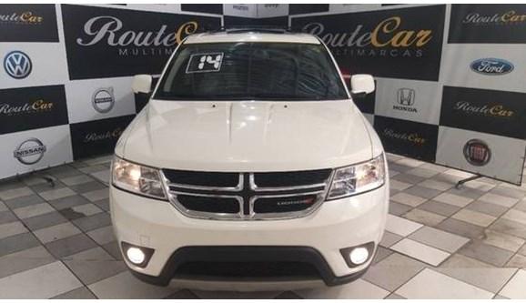 //www.autoline.com.br/carro/dodge/journey-36-rt-24v-gasolina-4p-automatico/2014/sao-paulo-sp/9410185