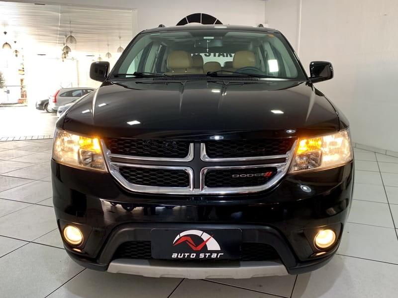 //www.autoline.com.br/carro/dodge/journey-36-rt-24v-gasolina-4p-automatico/2015/porto-alegre-rs/9936607