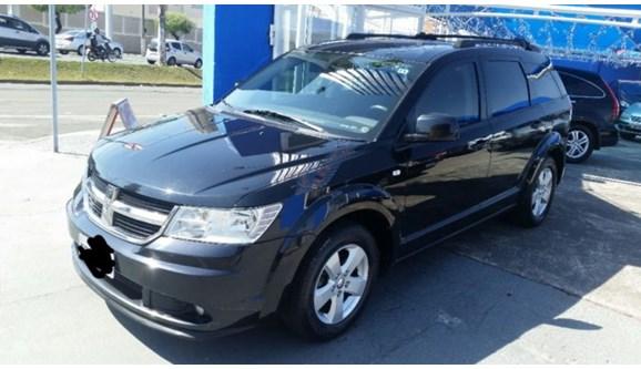 //www.autoline.com.br/carro/dodge/journey-27-sxt-24v-gasolina-4p-automatico/2010/indaiatuba-sp/6011954