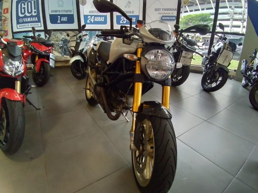 //www.autoline.com.br/moto/ducati/multistrada-1100-gas-mec-basico/2010/belo-horizonte-mg/13152249