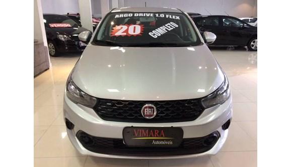//www.autoline.com.br/carro/fiat/argo-10-drive-6v-flex-4p-manual/2020/sao-paulo-sp/11689174