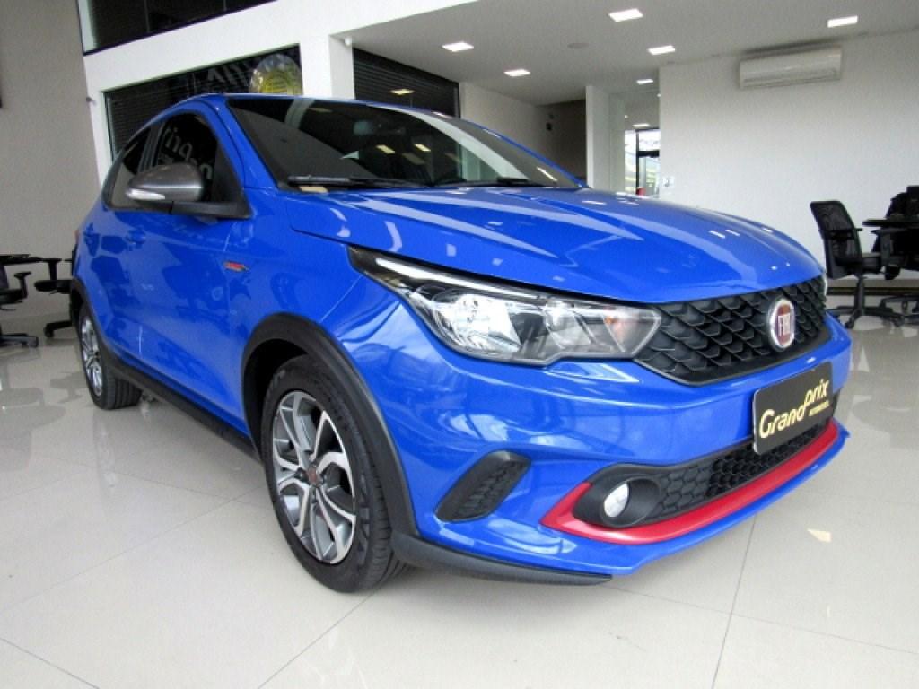 //www.autoline.com.br/carro/fiat/argo-18-hgt-16v-flex-4p-automatico/2018/curitiba-pr/14606346