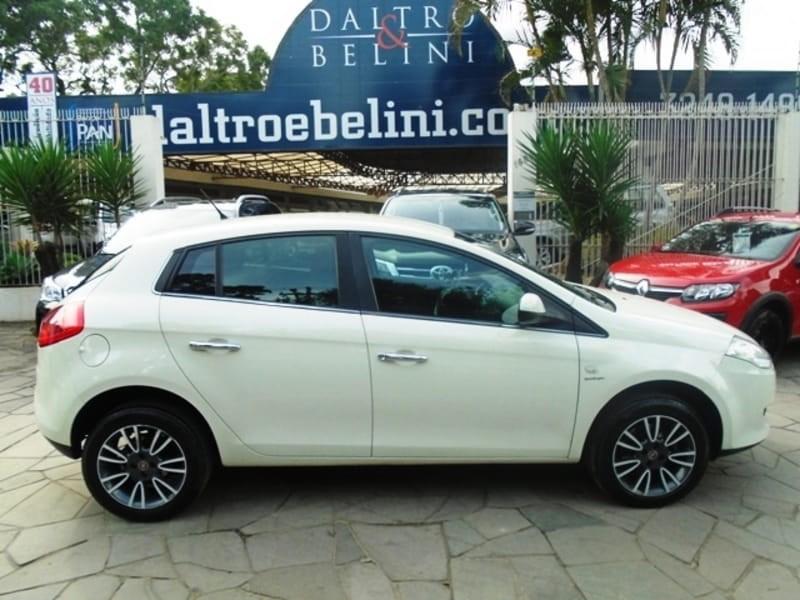 //www.autoline.com.br/carro/fiat/bravo-18-essence-dualogic-16v-4p-flex/2014/porto-alegre-rs/10779489
