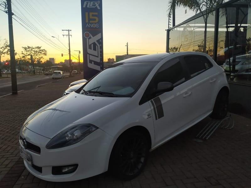 //www.autoline.com.br/carro/fiat/bravo-18-sporting-16v-flex-4p-dualogic/2014/cascavel-pr/12121468