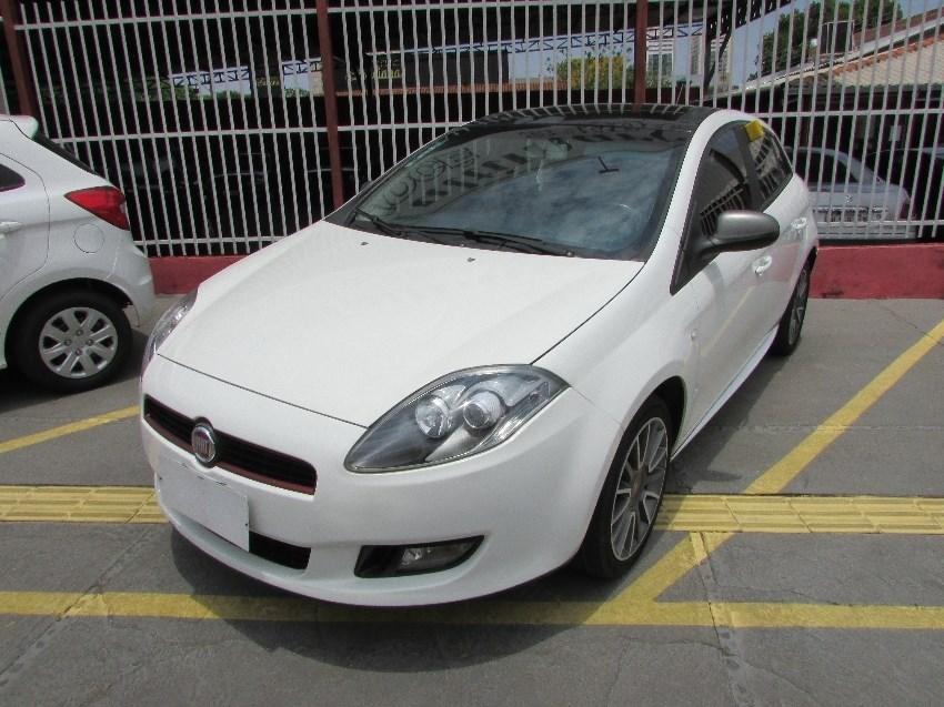 //www.autoline.com.br/carro/fiat/bravo-18-sporting-16v-flex-4p-manual/2013/goiania-go/13626639