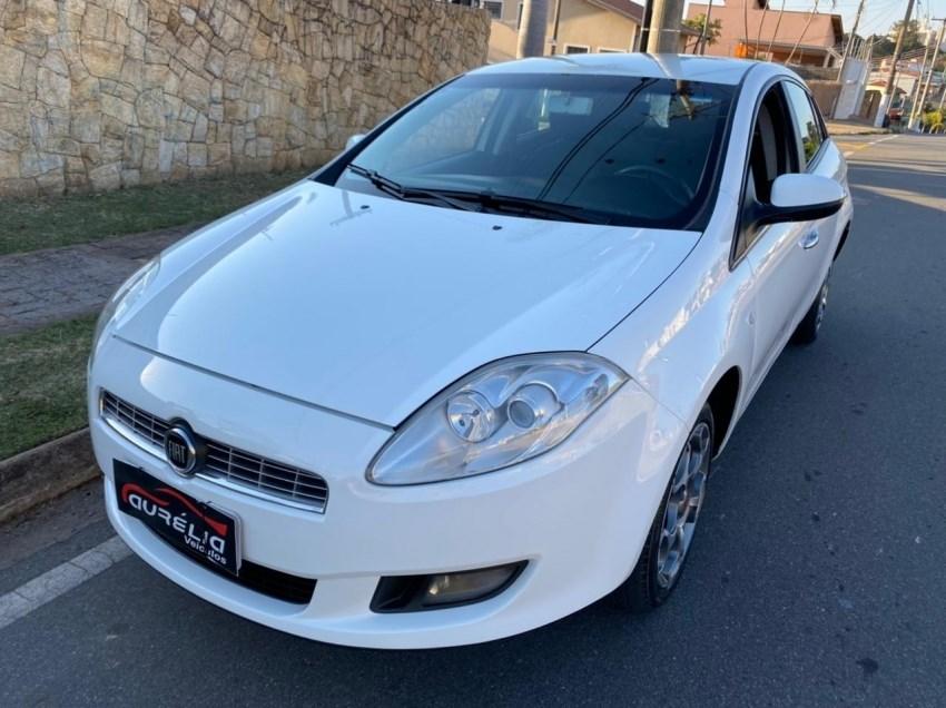 //www.autoline.com.br/carro/fiat/bravo-18-essence-16v-flex-4p-manual/2013/campinas-sp/15324069