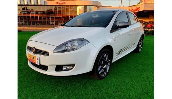 //www.autoline.com.br/carro/fiat/bravo-18-essence-wolverine-16v-4p-flex-manual/2014/fraiburgo-sc/8655913