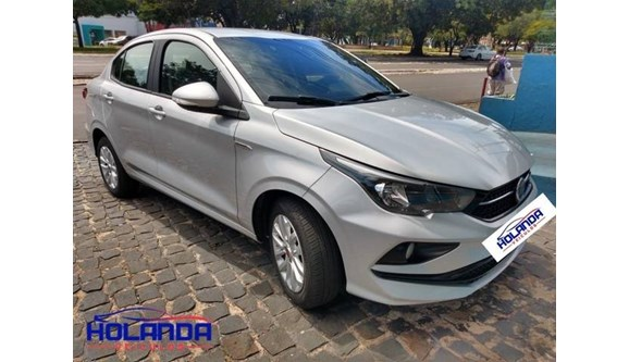 //www.autoline.com.br/carro/fiat/cronos-13-drive-8v-flex-4p-automatico/2019/teresina-pi/11444888