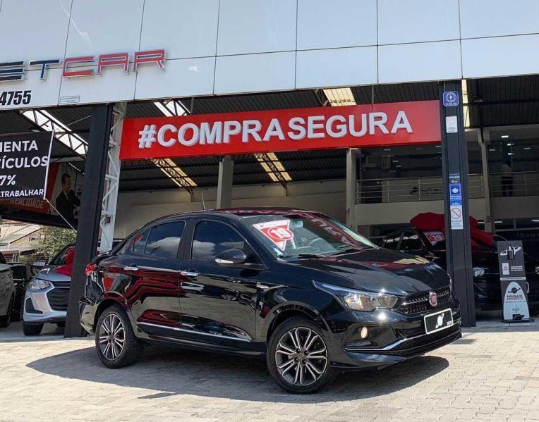 //www.autoline.com.br/carro/fiat/cronos-18-precision-16v-flex-4p-automatico/2019/sao-paulo-sp/15189885