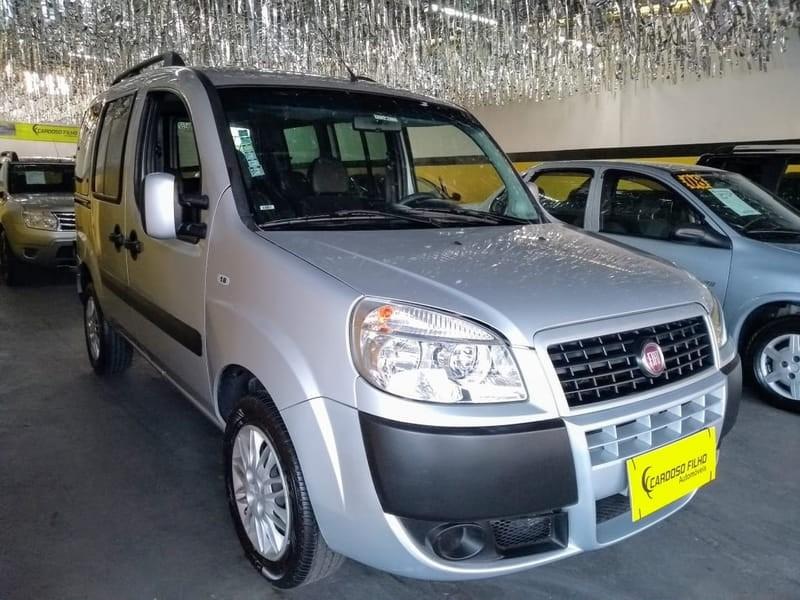 //www.autoline.com.br/carro/fiat/doblo-18-essence-16v-flex-4p-manual/2017/sorocaba-sp/10461372