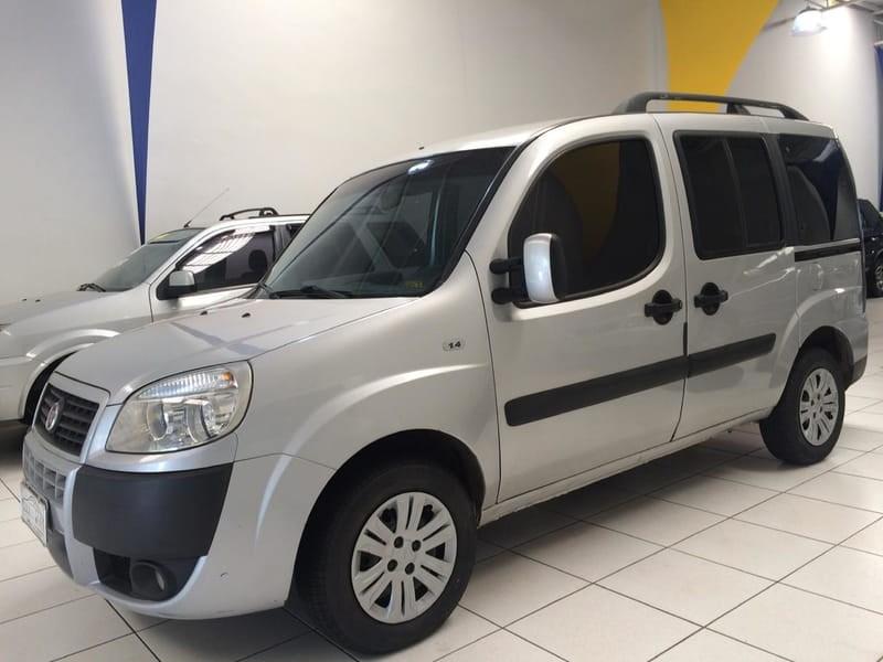 //www.autoline.com.br/carro/fiat/doblo-14-fire-attractive-8v-flex-4p-manual/2014/americo-brasiliense-sp/10588401