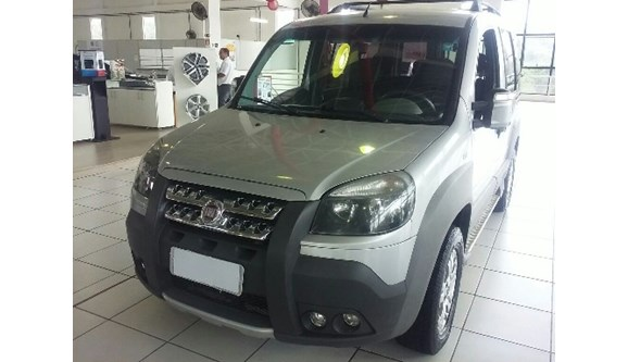 //www.autoline.com.br/carro/fiat/doblo-18-adventure-xingu-adventure-locker-16v-130cv/2013/paulinia-sp/10818315