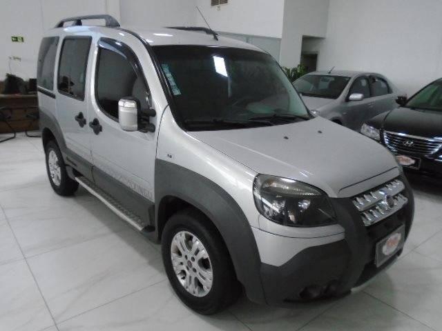 //www.autoline.com.br/carro/fiat/doblo-18-adventure-xingu-16v-flex-4p-manual/2013/sapiranga-rs/13106803