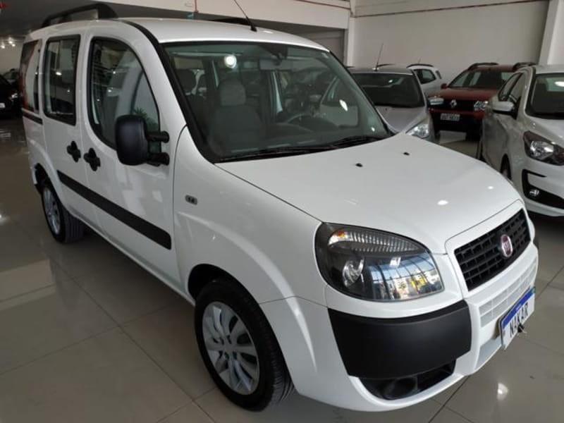 //www.autoline.com.br/carro/fiat/doblo-18-essence-7l-16v-flex-4p-manual/2019/porto-alegre-rs/13599954