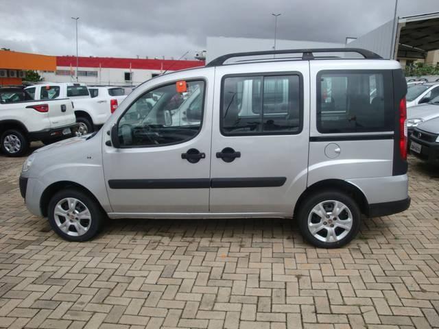//www.autoline.com.br/carro/fiat/doblo-18-essence-16v-flex-4p-manual/2018/uberlandia-mg/14009088