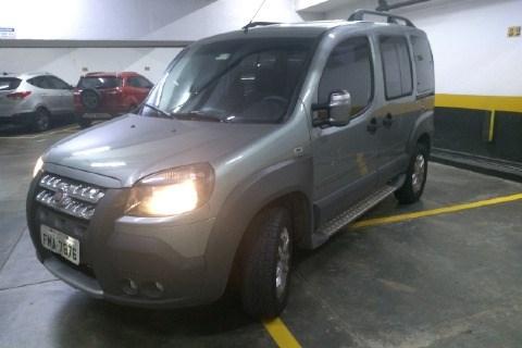 //www.autoline.com.br/carro/fiat/doblo-18-adventure-xingu-adventure-locker-16v-130cv/2014/sao-paulo-sp/14511587