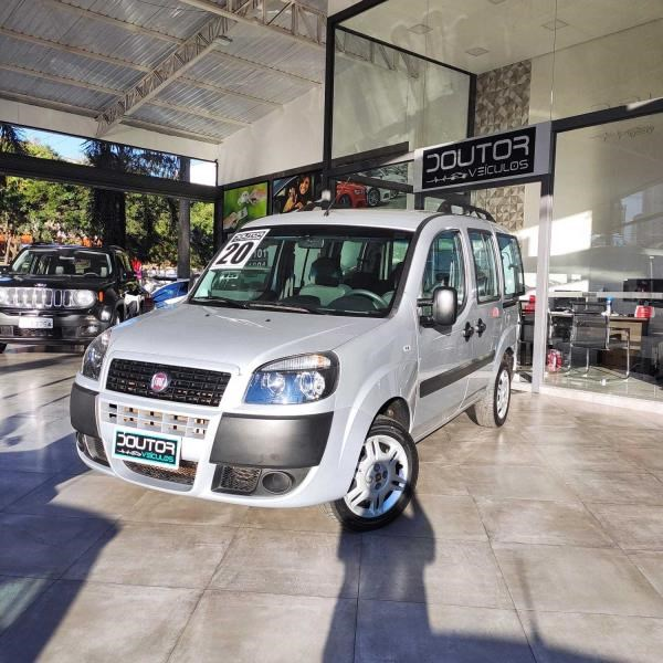 //www.autoline.com.br/carro/fiat/doblo-18-essence-7l-16v-flex-4p-manual/2020/sao-paulo-sp/15137456