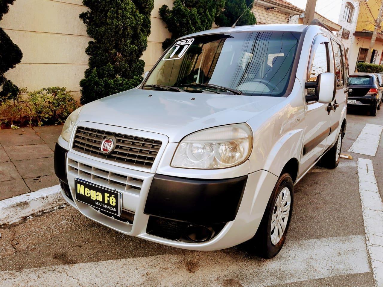 //www.autoline.com.br/carro/fiat/doblo-18-hlx-16v-flex-4p-manual/2011/sao-paulo-sp/15141328