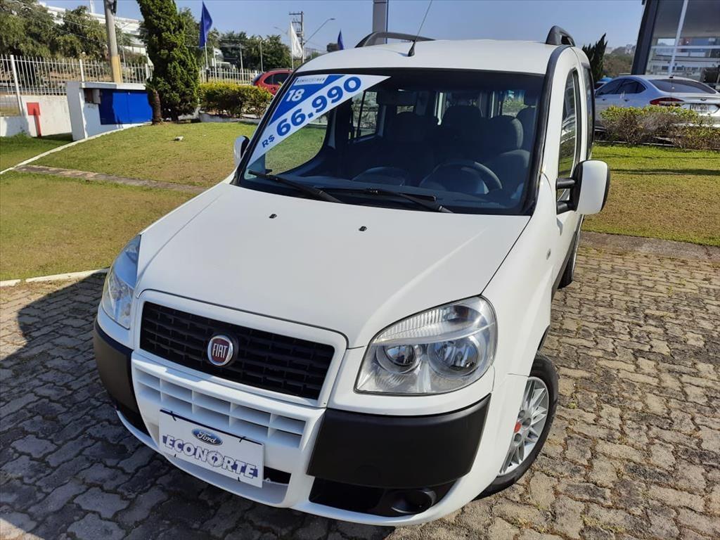//www.autoline.com.br/carro/fiat/doblo-18-essence-7l-16v-flex-4p-manual/2018/sao-jose-dos-campos-sp/15247733