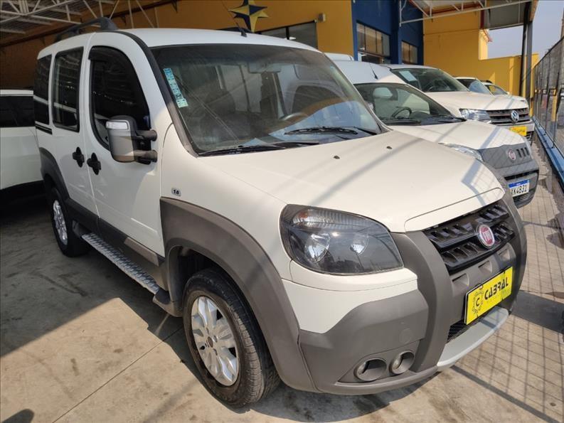 //www.autoline.com.br/carro/fiat/doblo-18-adventure-16v-flex-4p-manual/2015/sorocaba-sp/15591410