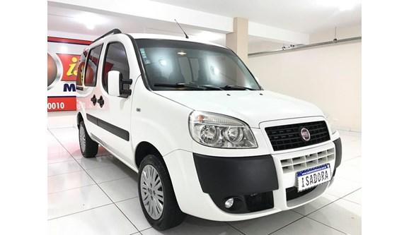 //www.autoline.com.br/carro/fiat/doblo-18-essence-16v-flex-4p-manual/2015/cascavel-pr/8305552