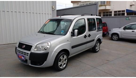 //www.autoline.com.br/carro/fiat/doblo-18-essence-16v-flex-4p-manual/2017/anapolis-go/9857700