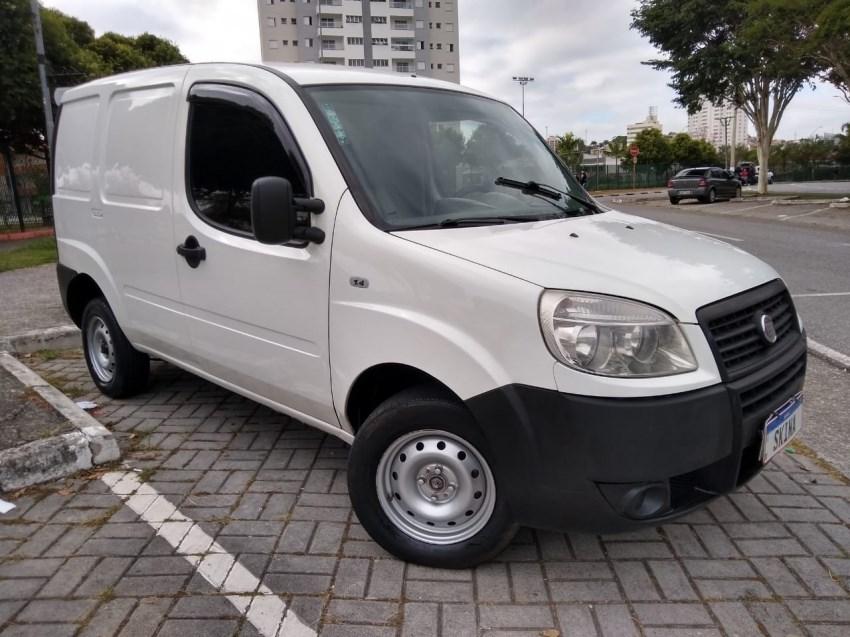 //www.autoline.com.br/carro/fiat/doblo-cargo-14-8v-flex-2p-manual/2012/jacarei-sp/14913196