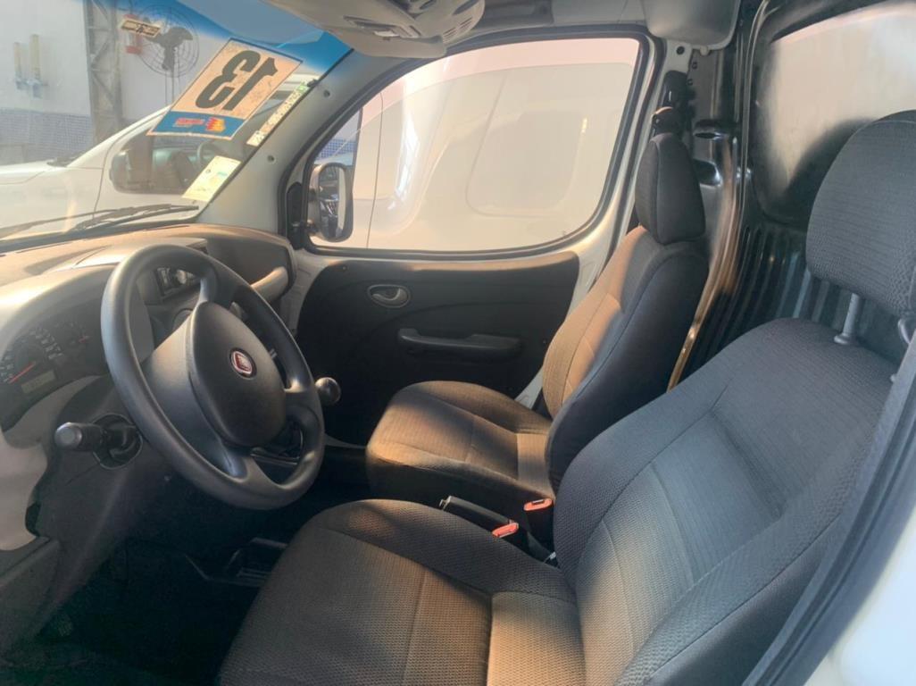 //www.autoline.com.br/carro/fiat/doblo-cargo-18-16v-flex-2p-manual/2013/sao-paulo-sp/15122944