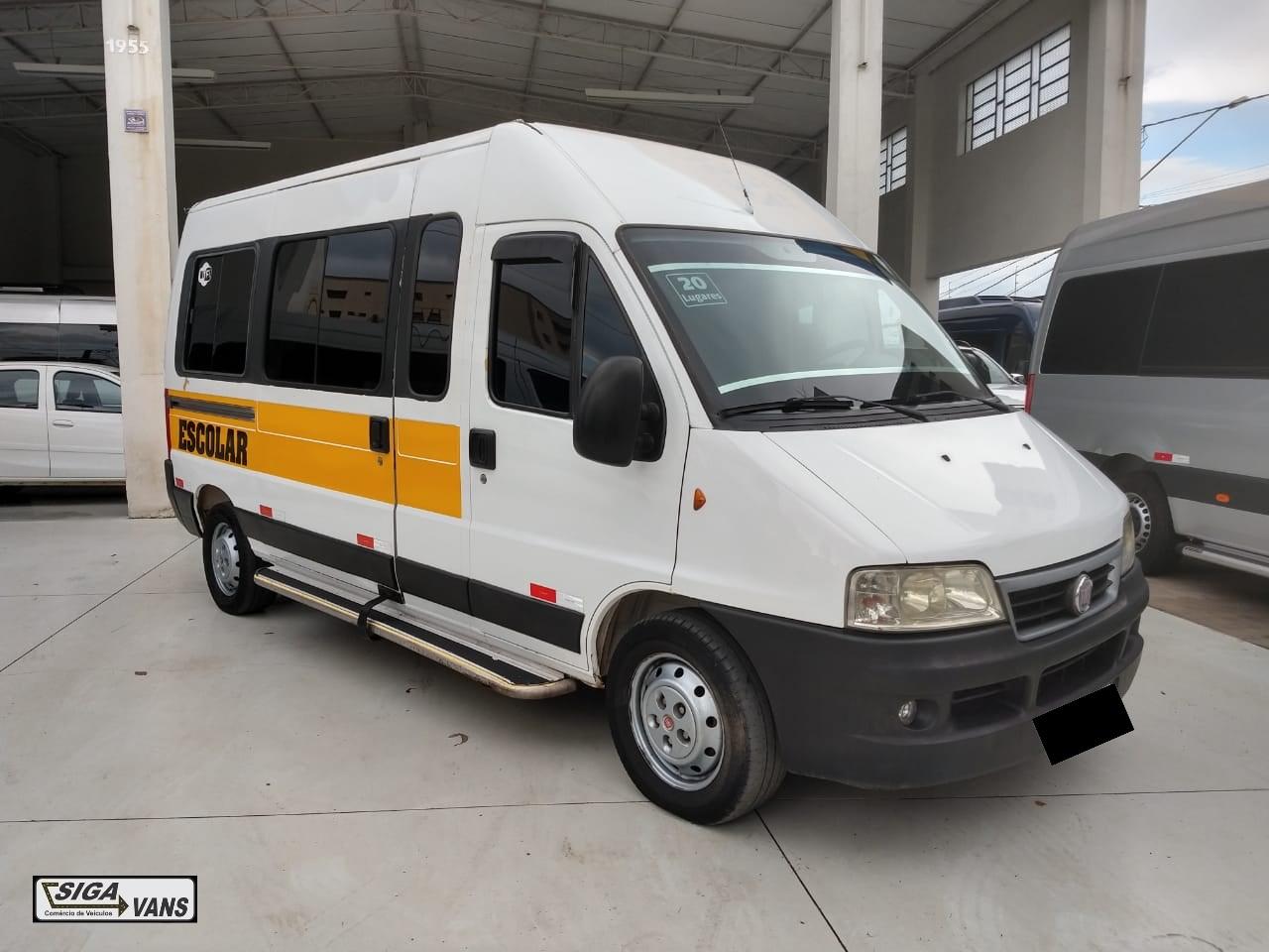 //www.autoline.com.br/carro/fiat/ducato-23-minibus-16l-me-16v-diesel-4p-turbo-manual/2012/americana-sp/12113147