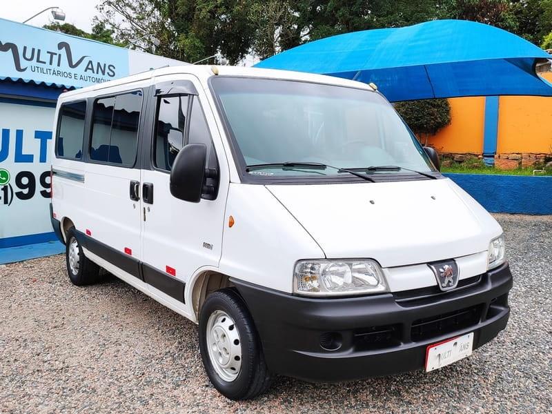 //www.autoline.com.br/carro/fiat/ducato-23-teto-alto-16l-minibus-16v-diesel-4p-turbo/2013/curitiba-pr/12984295