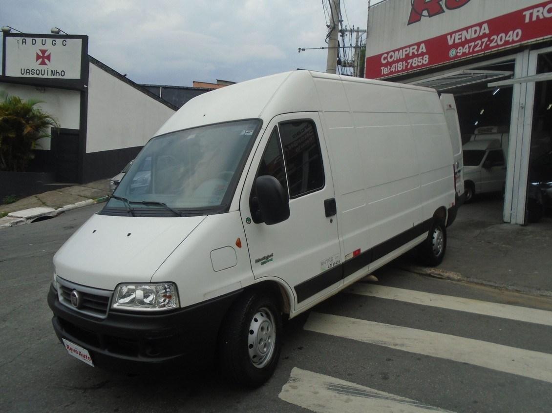 //www.autoline.com.br/carro/fiat/ducato-23-me-maxicargo-12m-16v-diesel-4p-turbo-manua/2014/carapicuiba-sp/13672822