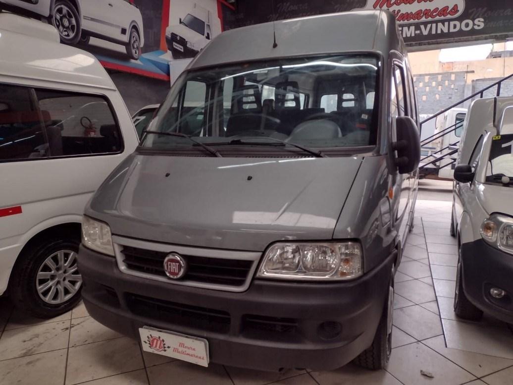 //www.autoline.com.br/carro/fiat/ducato-23-me-15l-minibus-16v-diesel-4p-turbo-manual/2015/sao-paulo-sp/13979371