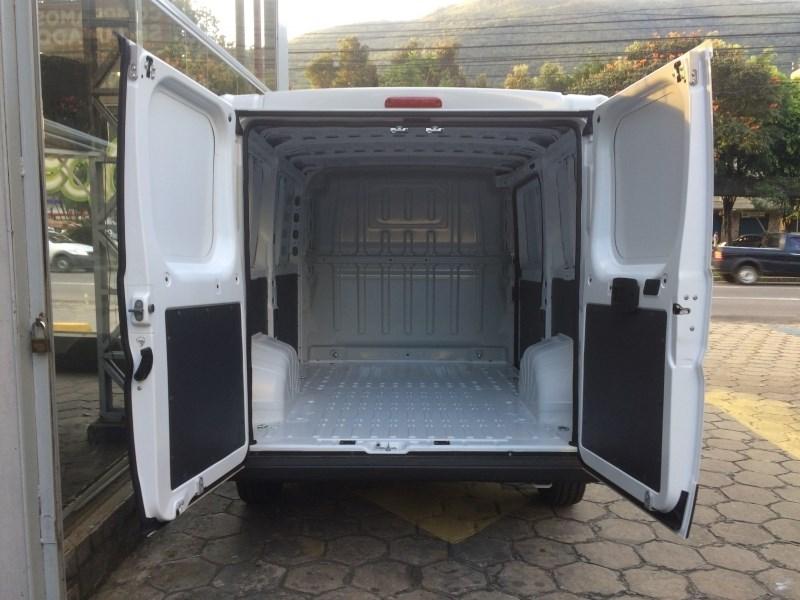 //www.autoline.com.br/carro/fiat/ducato-23-cargo-curto-16v-diesel-4p-turbo-manual/2021/pouso-alegre-mg/14292873