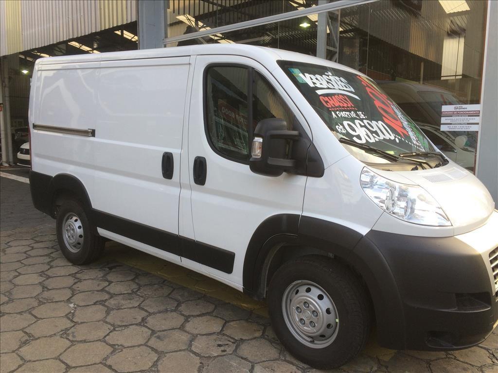 //www.autoline.com.br/carro/fiat/ducato-23-cargo-medio-16v-diesel-4p-turbo-manual/2021/pocos-de-caldas-mg/14317871