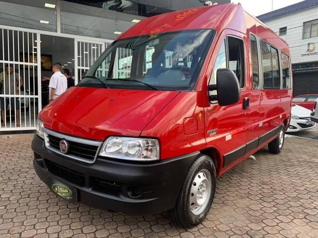 //www.autoline.com.br/carro/fiat/ducato-23-teto-alto-multi-16v-diesel-4p-turbo-manual/2013/praia-grande-sp/14458002