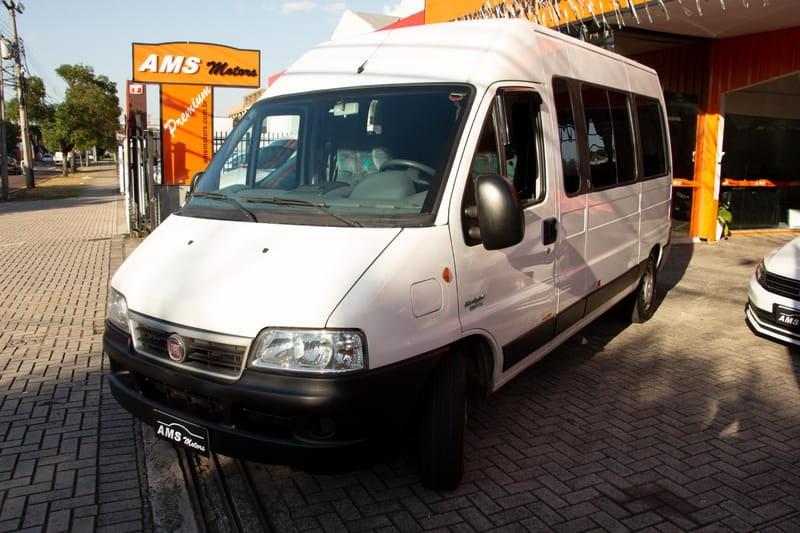 //www.autoline.com.br/carro/fiat/ducato-23-teto-alto-15l-minibus-16v-diesel-4p-turbo/2014/curitiba-pr/14844595