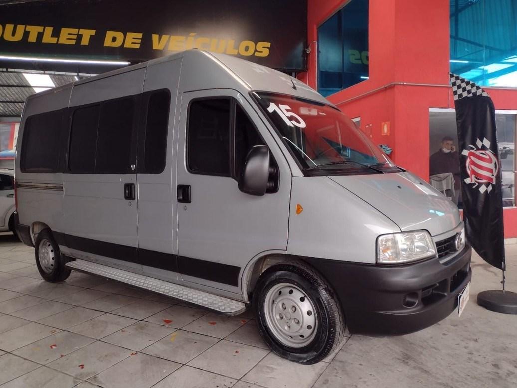 //www.autoline.com.br/carro/fiat/ducato-23-15l-minibus-16v-diesel-4p-turbo-manual/2015/sao-paulo-sp/14994397