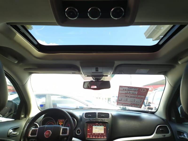 //www.autoline.com.br/carro/fiat/freemont-24-precision-16v-gasolina-4p-automatico/2015/curitiba-pr/11549654