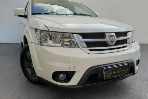 //www.autoline.com.br/carro/fiat/freemont-24-emotion-16v-gasolina-4p-automatico/2012/taubate-sp/13261057