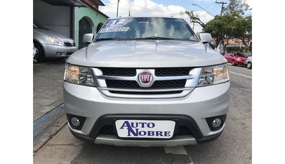 //www.autoline.com.br/carro/fiat/freemont-24-precision-16v-gasolina-4p-automatico/2012/sao-paulo-sp/6398195