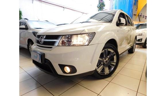 //www.autoline.com.br/carro/fiat/freemont-24-precision-16v-gasolina-4p-automatico/2014/campinas-sp/7057155