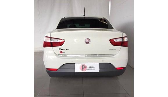 //www.autoline.com.br/carro/fiat/grand-siena-16-essence-16v-flex-4p-manual/2017/belo-horizonte-mg/10153656