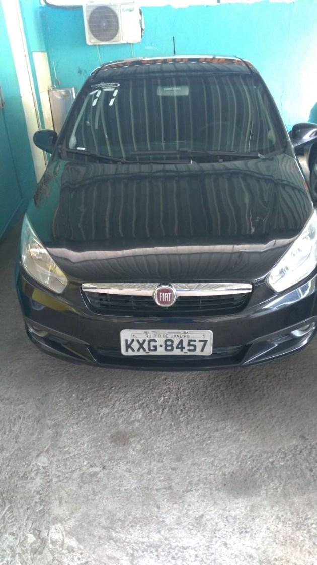 //www.autoline.com.br/carro/fiat/grand-siena-10-attractive-8v-flex-4p-manual/2017/rio-de-janeiro-rj/10309973